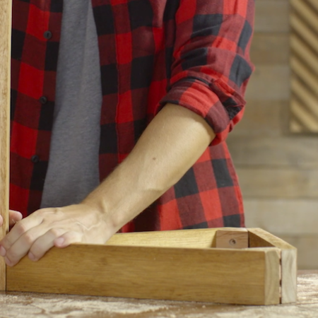 HOW TO ASSEMBLE A SIDE TABLE